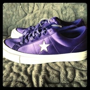 NWT Converse Satin Sneakers 8.5